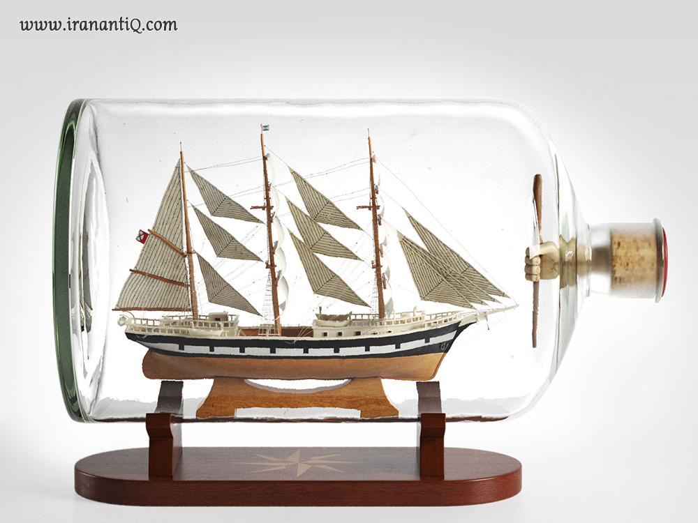 کشتی در بطری