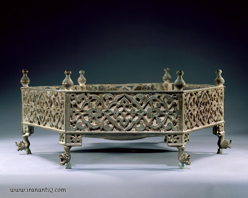 منقلی از جنس برنز ، هند ، قرن 15 میلادی ، محل نگهداری : موزه متروپولیتن