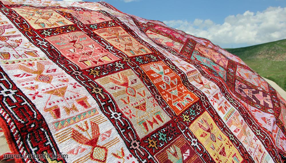 Lac Weaving in iran