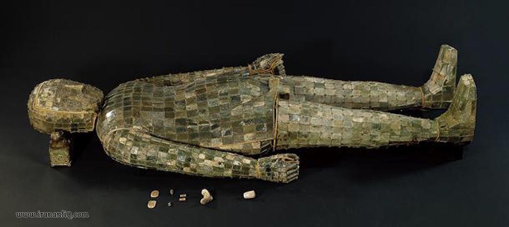 پوششی از سنگ جید و سیم طلا برای دفن شاهزاده لیوشنگ ، 113 قبل از میلاد ، سلسله هان ، چین