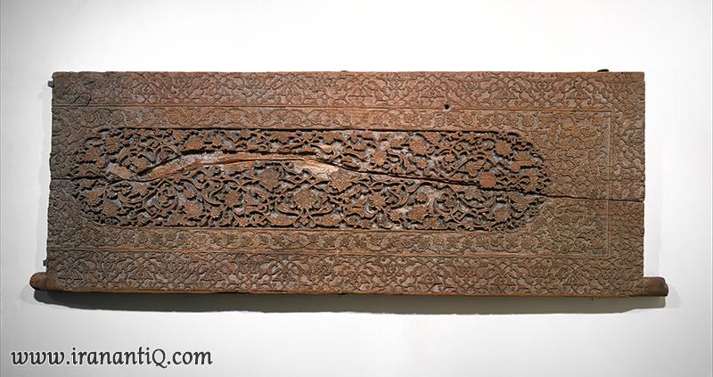 لنگه ای از یک در منبت کاری شده ؛ اواخر قرن 15 میلادی سمرقند (ازبکستان امروزی)