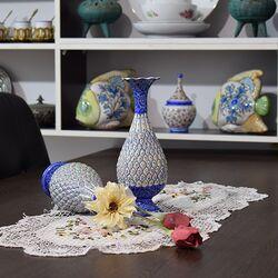 گلدان میناکاری طرح اسلیمی و ختایی - 25 سانتی در چیدمان
