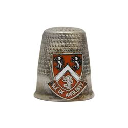انگشتانه نقره قدیمی با طرح آنگلسی - کد 007098