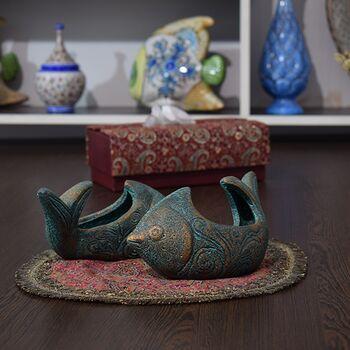 ظرف سفالی پتینه مدل ماهی دم کج در چیدمان